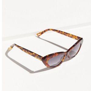 DIFF Eyewear Cleo Sunglasses